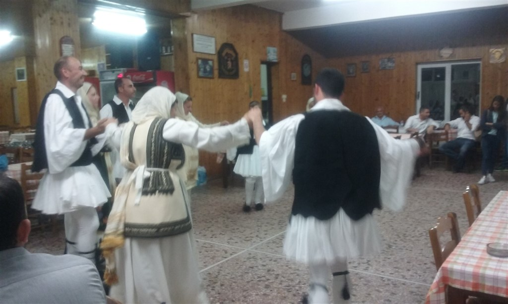 Dinner_Traditional_dance1